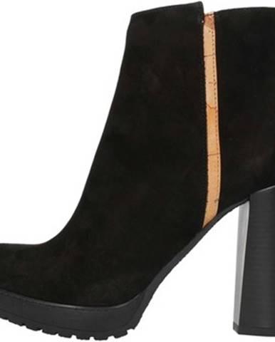 Čierne topánky Alviero Martini